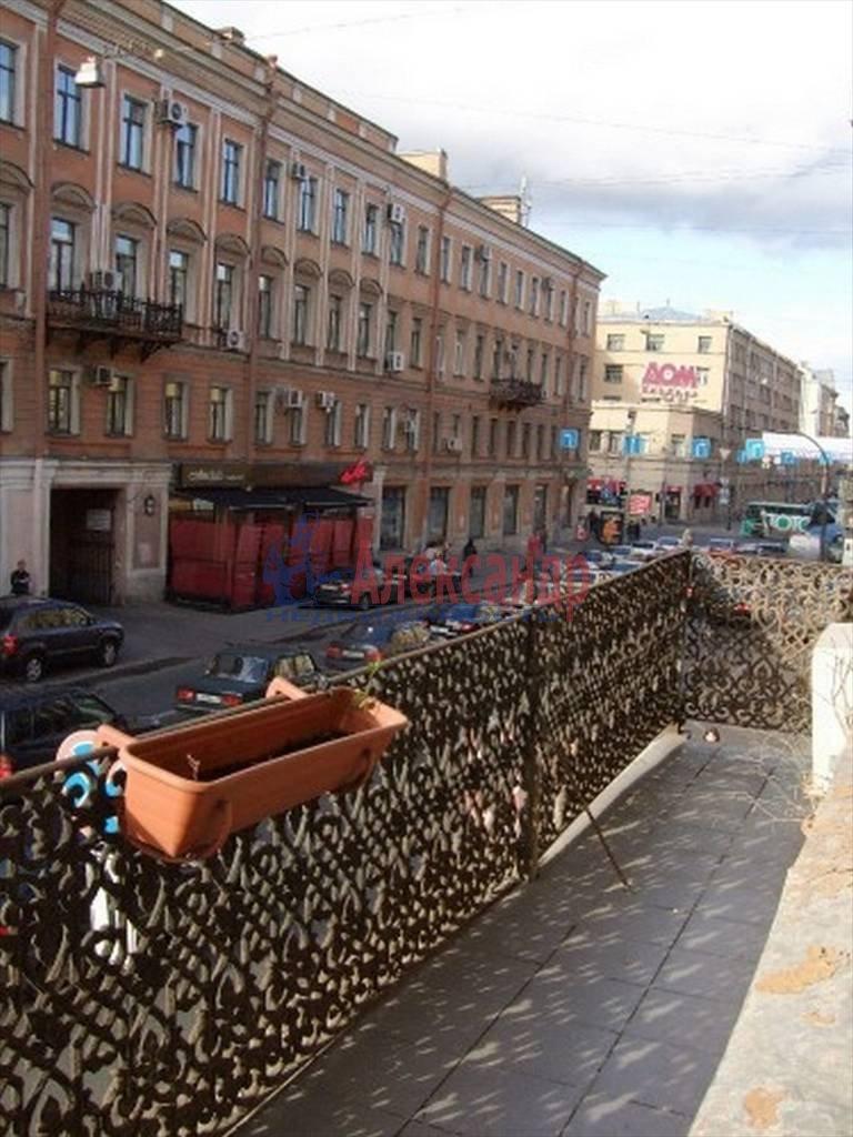 4-комнатная квартира (80м2) в аренду по адресу Полтавская ул., 8— фото 13 из 14