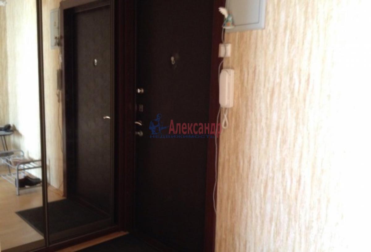 1-комнатная квартира (48м2) в аренду по адресу Народного Ополчения пр., 181— фото 4 из 9