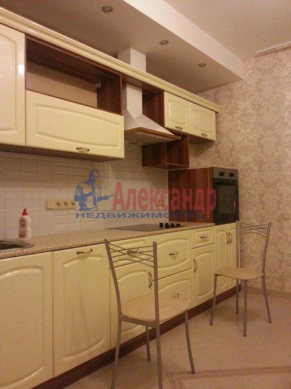 2-комнатная квартира (70м2) в аренду по адресу Белы Куна ул., 1— фото 10 из 18
