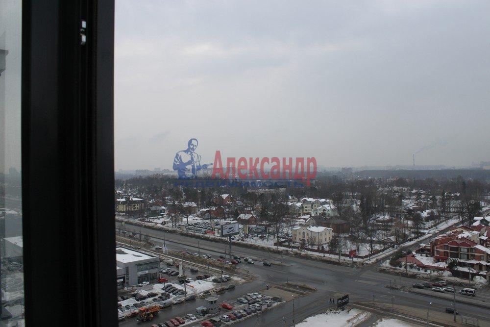 1-комнатная квартира (43м2) в аренду по адресу Композиторов ул., 12— фото 4 из 18