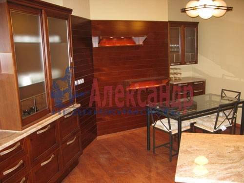1-комнатная квартира (120м2) в аренду по адресу Новочеркасский пр., 33— фото 2 из 7