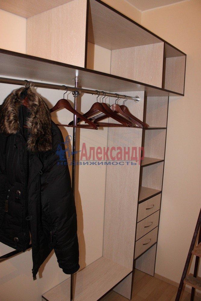 1-комнатная квартира (43м2) в аренду по адресу Композиторов ул., 12— фото 7 из 18