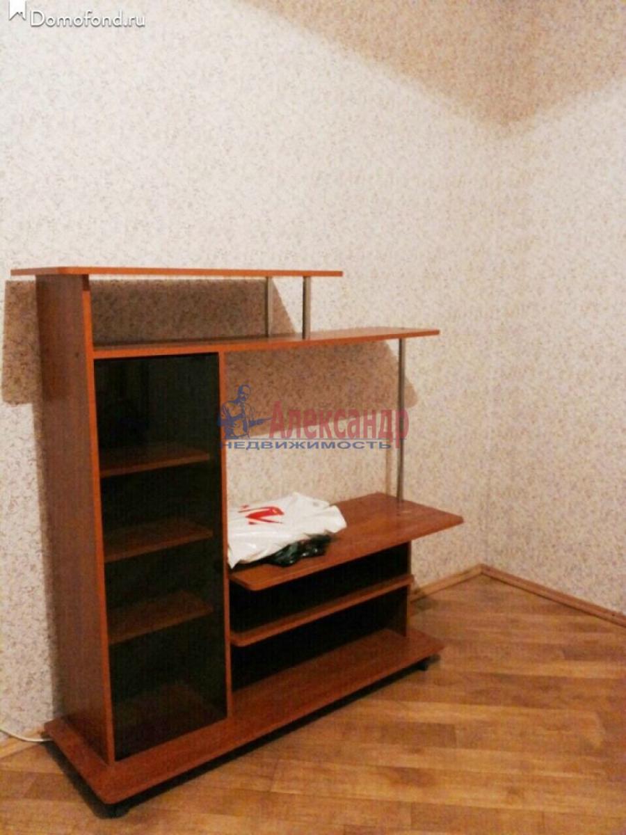 1-комнатная квартира (38м2) в аренду по адресу Ленинский пр., 111— фото 6 из 7