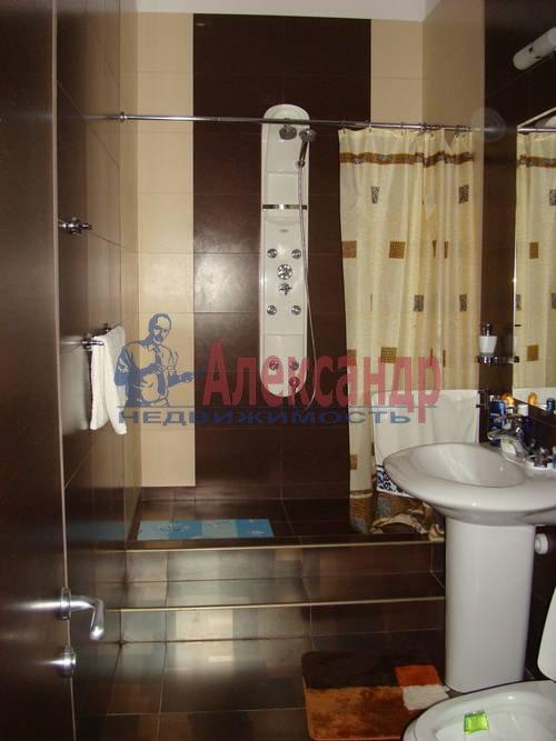 3-комнатная квартира (100м2) в аренду по адресу Жуковского ул., 28— фото 1 из 8