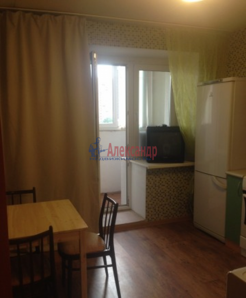 1-комнатная квартира (40м2) в аренду по адресу Маршала Захарова ул., 60— фото 7 из 8
