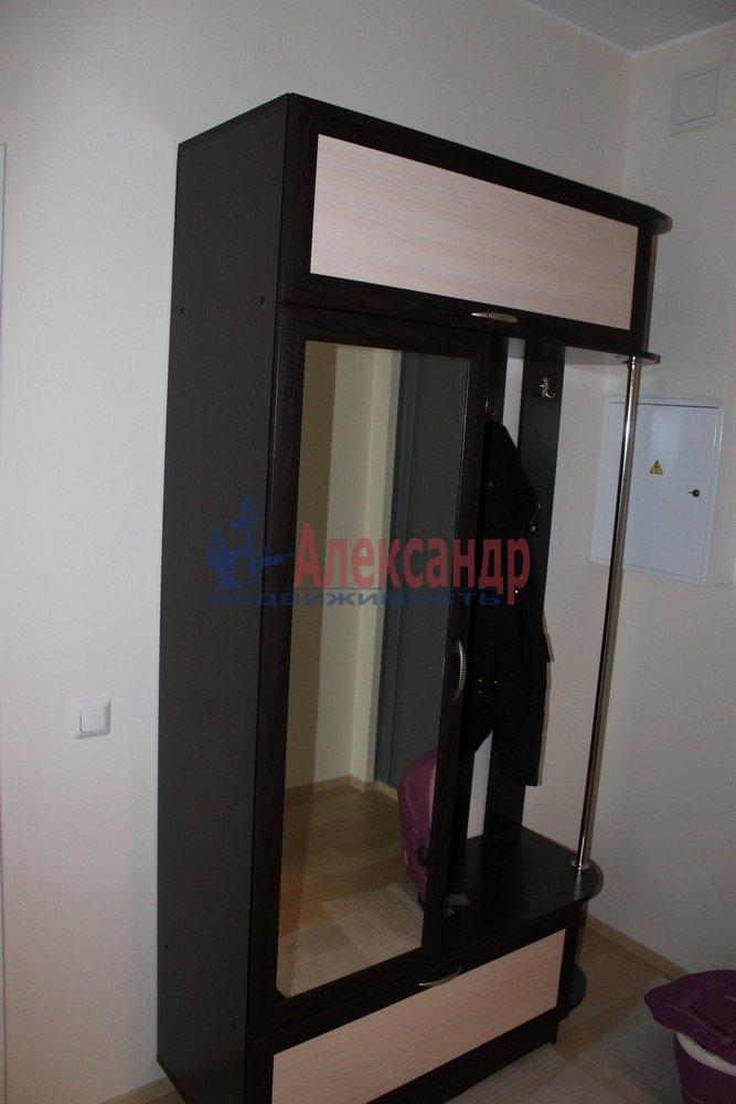 1-комнатная квартира (43м2) в аренду по адресу Композиторов ул., 12— фото 8 из 18