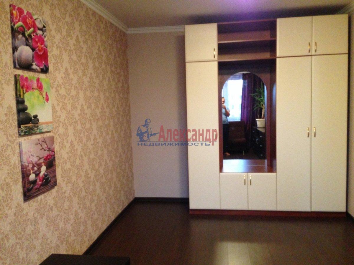 1-комнатная квартира (40м2) в аренду по адресу Коллонтай ул., 15— фото 3 из 8