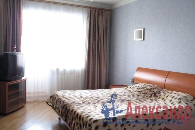 2-комнатная квартира (80м2) в аренду по адресу Марата ул., 35— фото 4 из 5