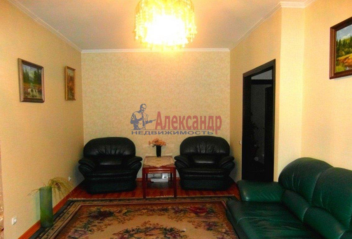 3-комнатная квартира (62м2) в аренду по адресу Черняховского ул., 53— фото 1 из 4