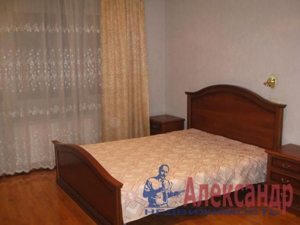 2-комнатная квартира (63м2) в аренду по адресу Бухарестская ул., 146— фото 2 из 2
