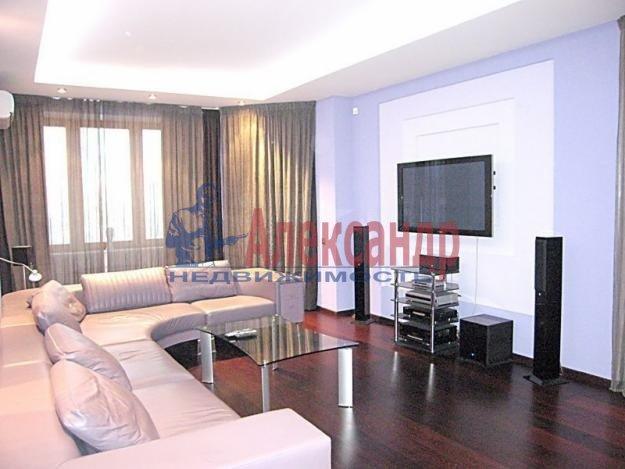 3-комнатная квартира (80м2) в аренду по адресу Загребский бул., 9— фото 1 из 5