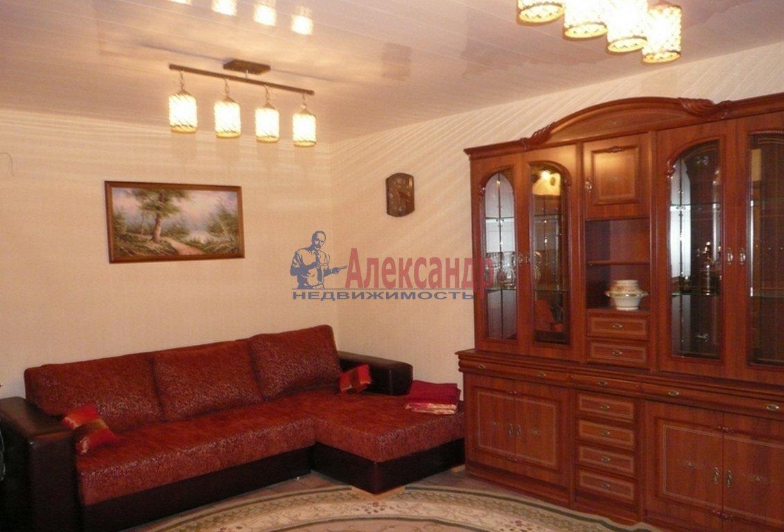 3-комнатная квартира (89м2) в аренду по адресу Московский просп., 75— фото 1 из 4