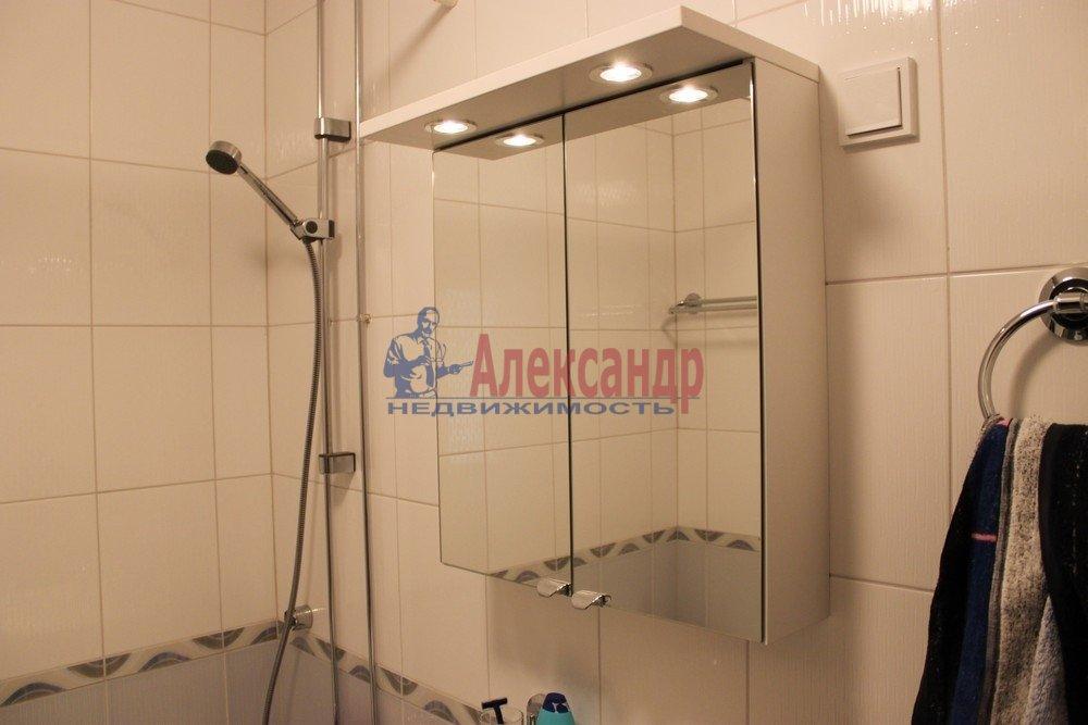 1-комнатная квартира (43м2) в аренду по адресу Композиторов ул., 12— фото 10 из 18