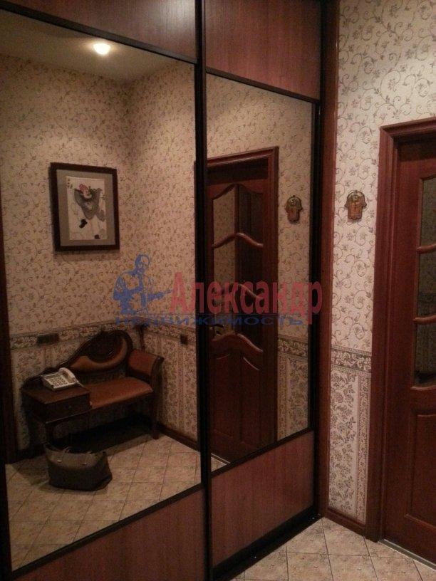 3-комнатная квартира (95м2) в аренду по адресу Черной Речки наб., 10— фото 12 из 16