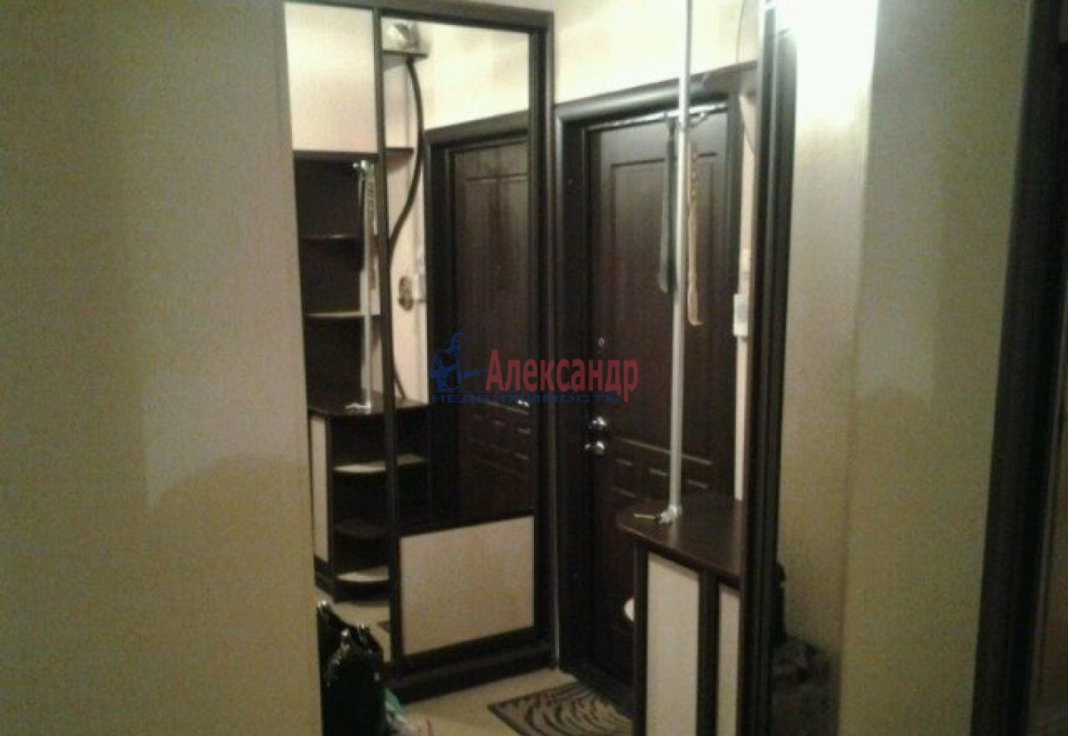 1-комнатная квартира (32м2) в аренду по адресу Ленинский пр., 115— фото 6 из 6