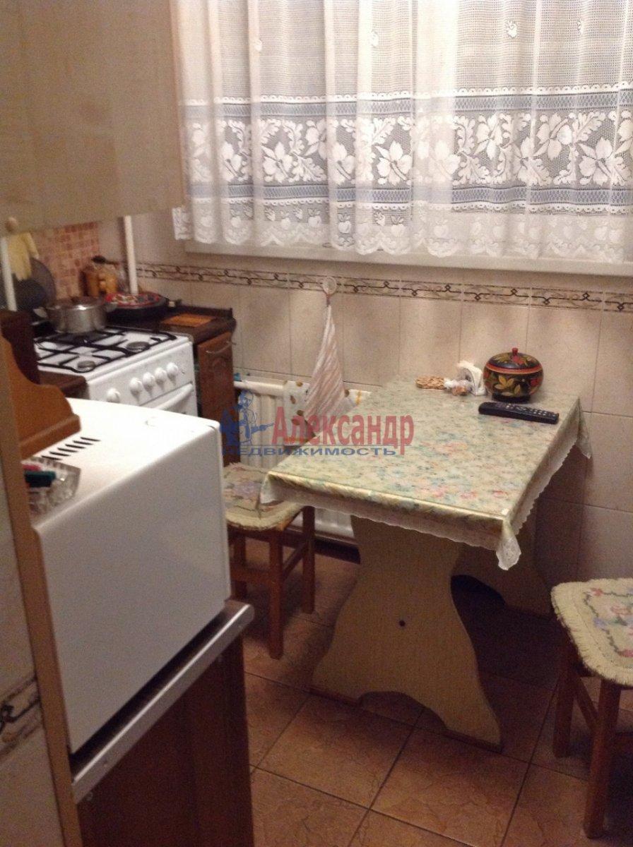 Комната в 2-комнатной квартире (46м2) в аренду по адресу Ленинский пр., 110— фото 5 из 15