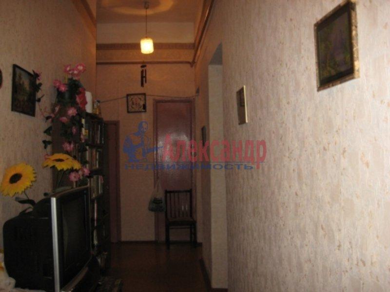 1-комнатная квартира (35м2) в аренду по адресу Ударников пр., 27— фото 1 из 4