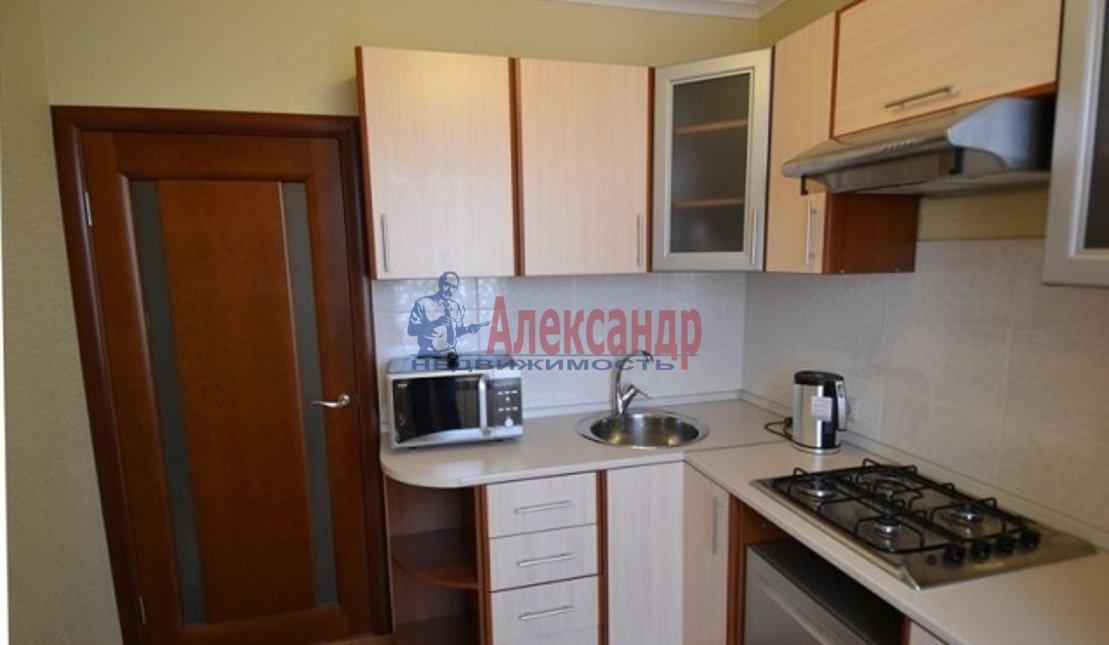 2-комнатная квартира (55м2) в аренду по адресу Московский просп., 182— фото 3 из 5