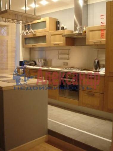 2-комнатная квартира (60м2) в аренду по адресу Кропоткина ул., 24— фото 3 из 11