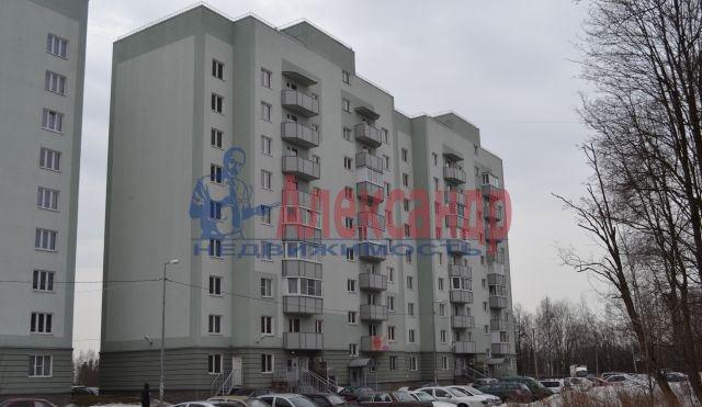 3-комнатная квартира (75м2) в аренду по адресу Приозерское шос., 10— фото 5 из 10