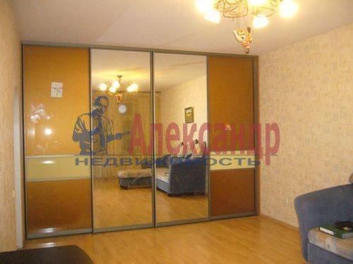 1-комнатная квартира (45м2) в аренду по адресу Хасанская ул., 22— фото 4 из 9