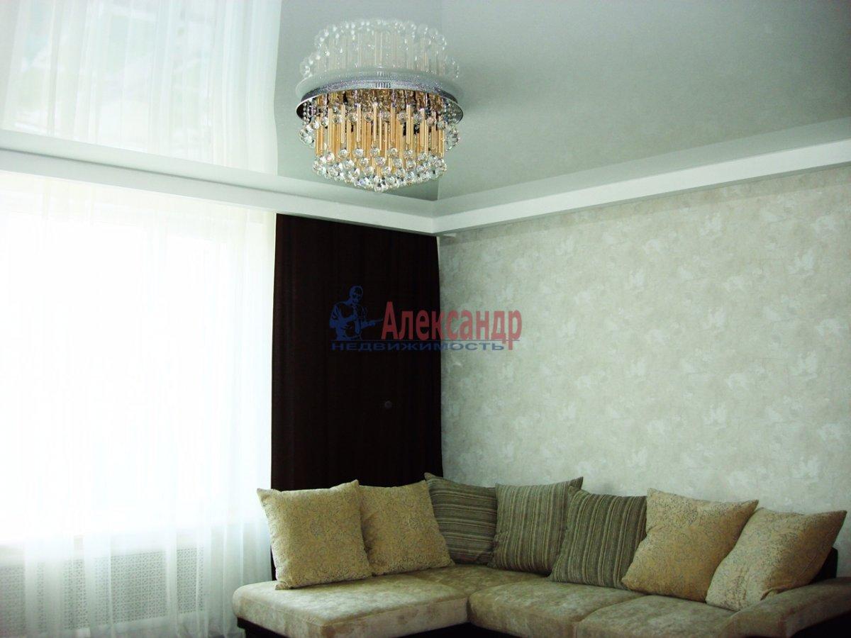 2-комнатная квартира (120м2) в аренду по адресу Новгородская ул., 23— фото 6 из 10