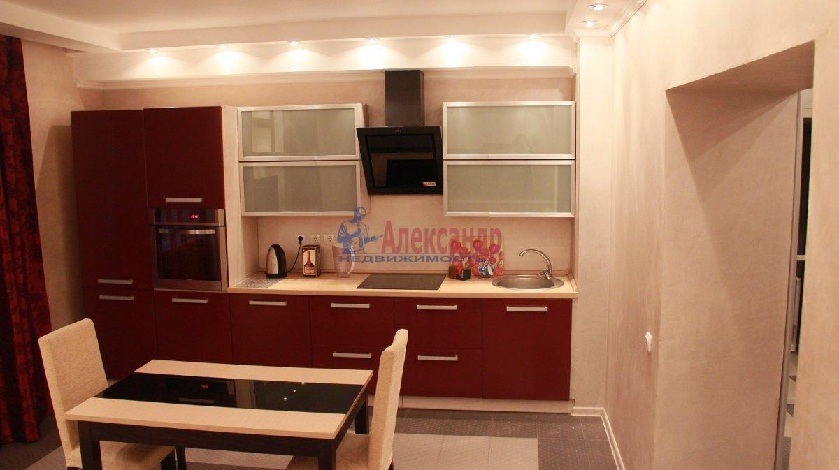 3-комнатная квартира (90м2) в аренду по адресу Композиторов ул., 18— фото 1 из 2