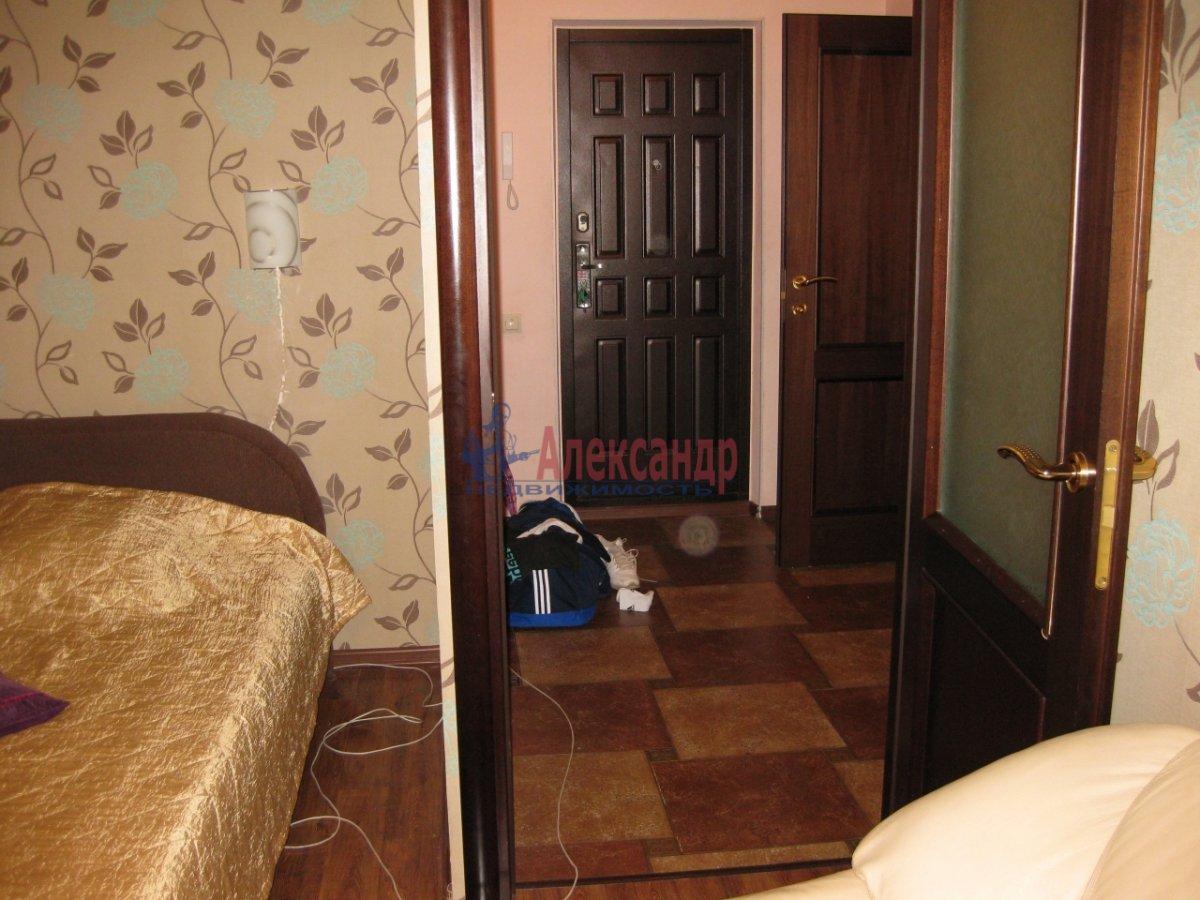 1-комнатная квартира (40м2) в аренду по адресу Орджоникидзе ул., 58— фото 2 из 3