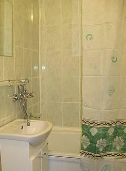 1-комнатная квартира (38м2) в аренду по адресу Кондратьевский пр., 70— фото 2 из 3