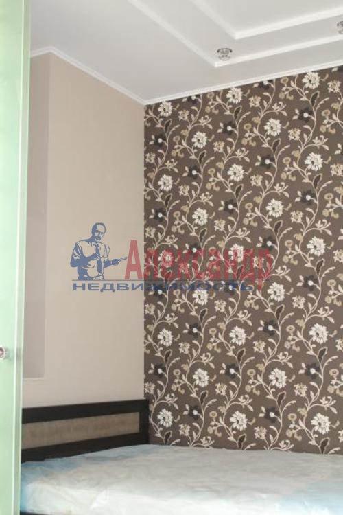 1-комнатная квартира (43м2) в аренду по адресу Кронштадтская ул., 13— фото 4 из 8