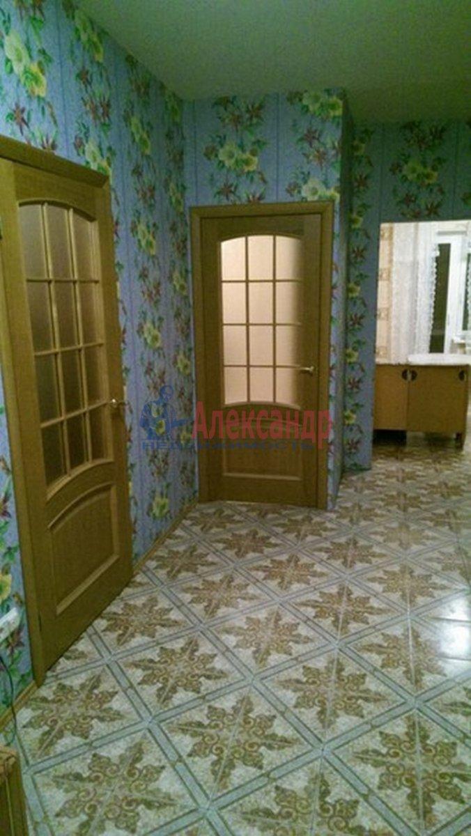 2-комнатная квартира (68м2) в аренду по адресу Будапештская ул., 17— фото 5 из 8