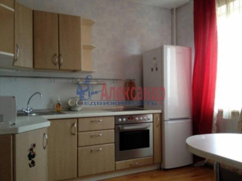 2-комнатная квартира (71м2) в аренду по адресу Стасовой ул., 4— фото 4 из 4