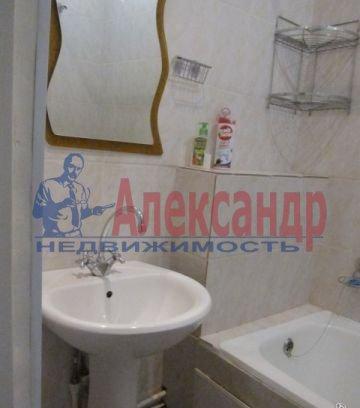 Комната в 3-комнатной квартире (57м2) в аренду по адресу Бухарестская ул., 15— фото 3 из 3