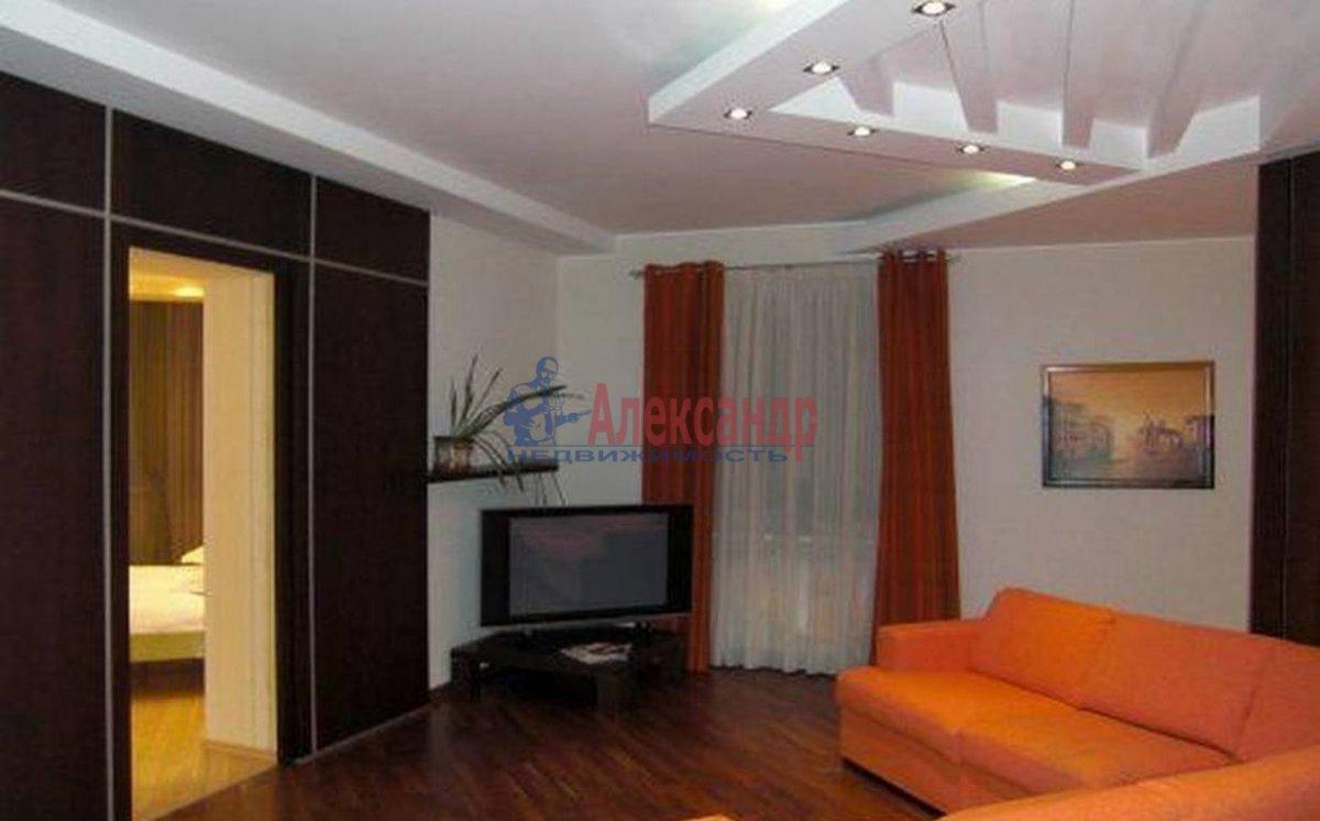3-комнатная квартира (95м2) в аренду по адресу Композиторов ул., 12— фото 1 из 4