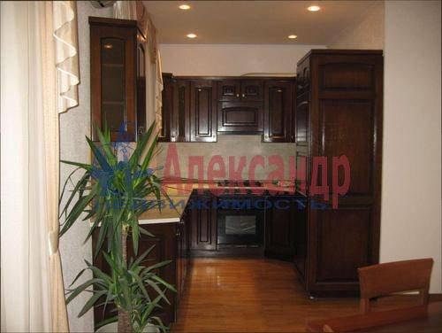 3-комнатная квартира (85м2) в аренду по адресу Типанова ул., 8— фото 7 из 10
