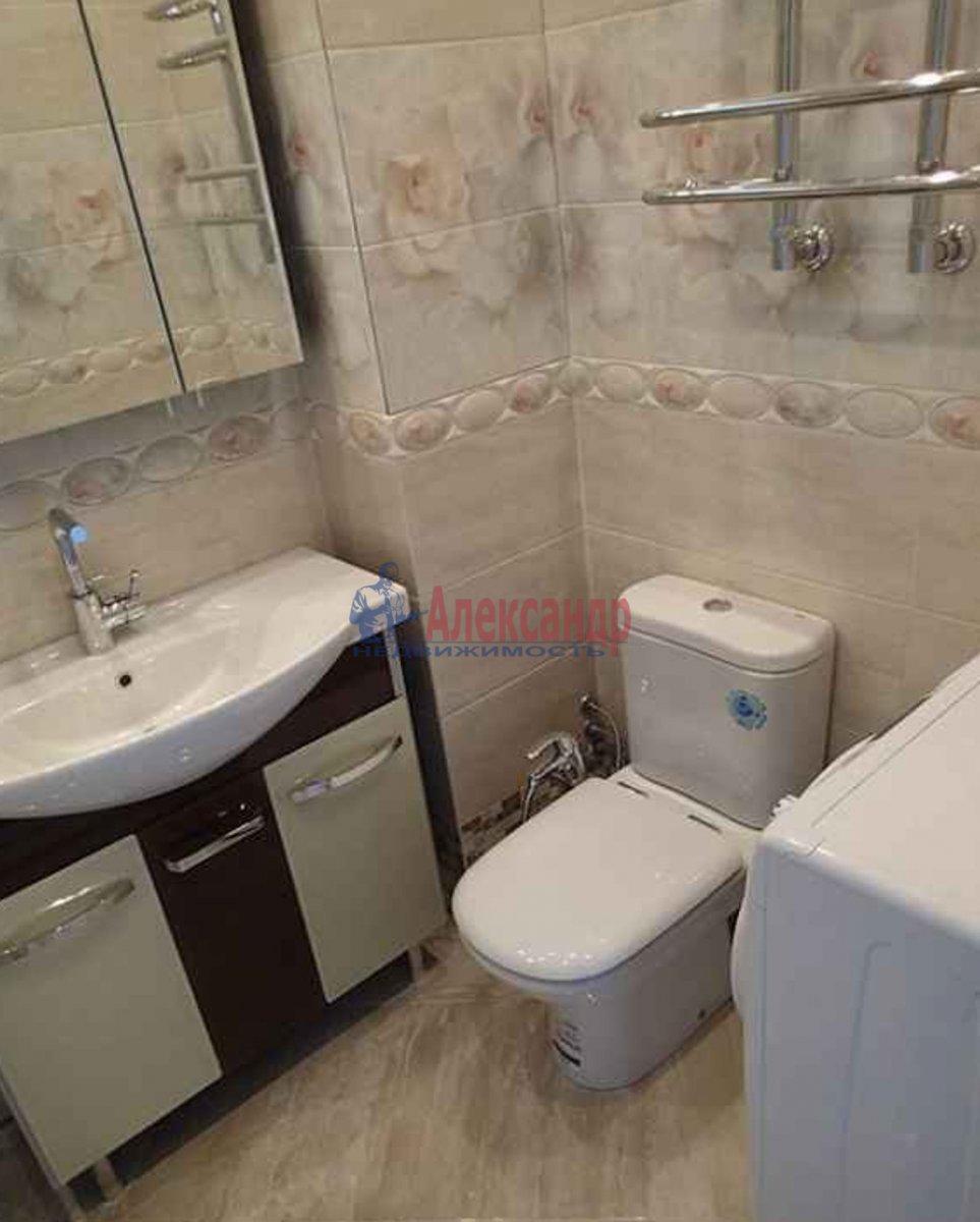 1-комнатная квартира (46м2) в аренду по адресу Искровский пр., 32— фото 4 из 4