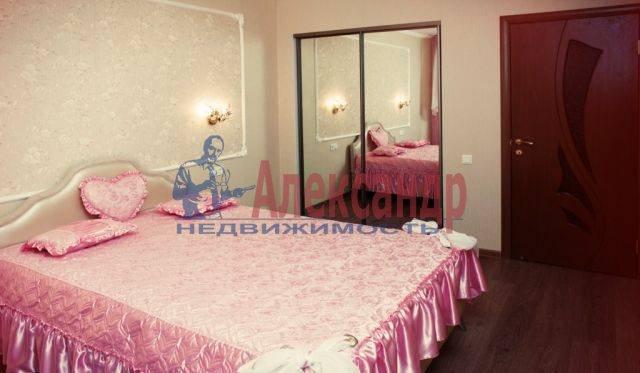 2-комнатная квартира (65м2) в аренду по адресу Бабушкина ул., 82— фото 4 из 9
