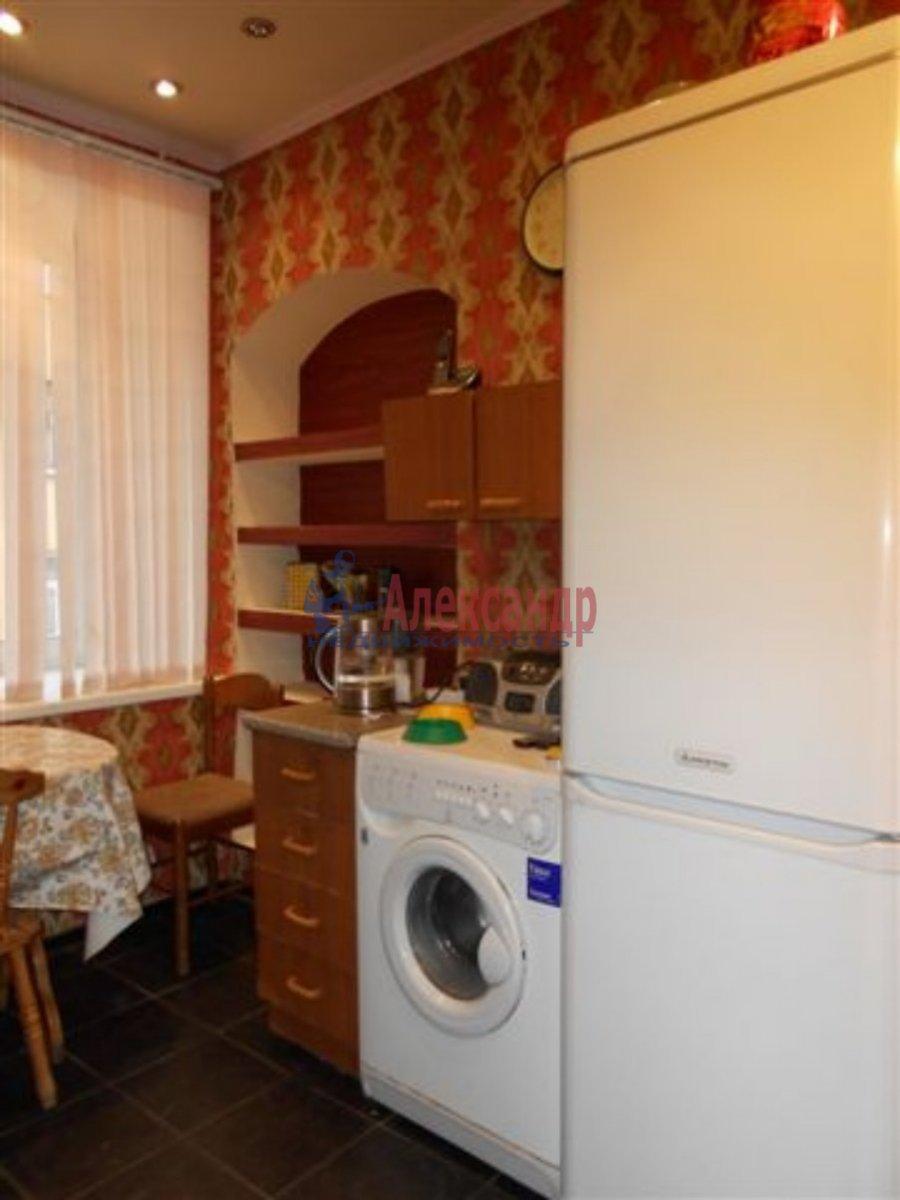 2-комнатная квартира (45м2) в аренду по адресу Карпинского ул., 30— фото 3 из 3