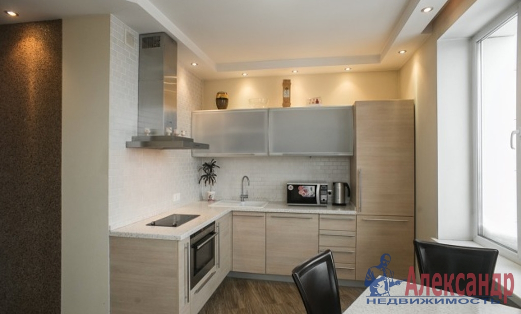 1-комнатная квартира (52м2) в аренду по адресу Кораблестроителей ул., 40— фото 1 из 3