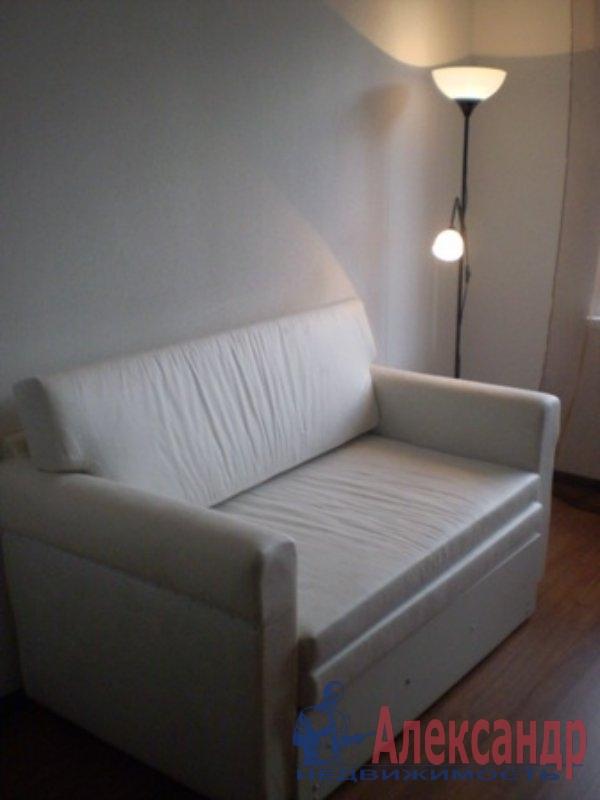 1-комнатная квартира (38м2) в аренду по адресу Евдокима Огнева ул., 20— фото 2 из 3