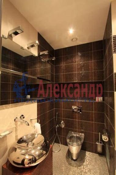 3-комнатная квартира (150м2) в аренду по адресу Невский пр., 137— фото 2 из 7