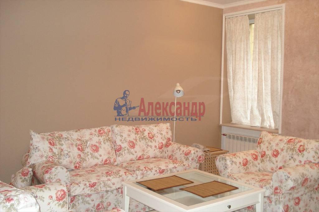 2-комнатная квартира (67м2) в аренду по адресу Коломенская ул., 7— фото 3 из 5