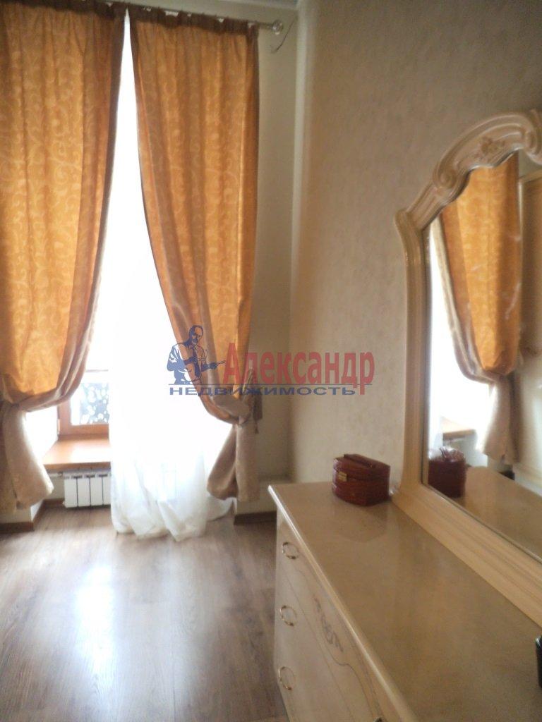 2-комнатная квартира (80м2) в аренду по адресу Малая Морская ул., 16— фото 4 из 8