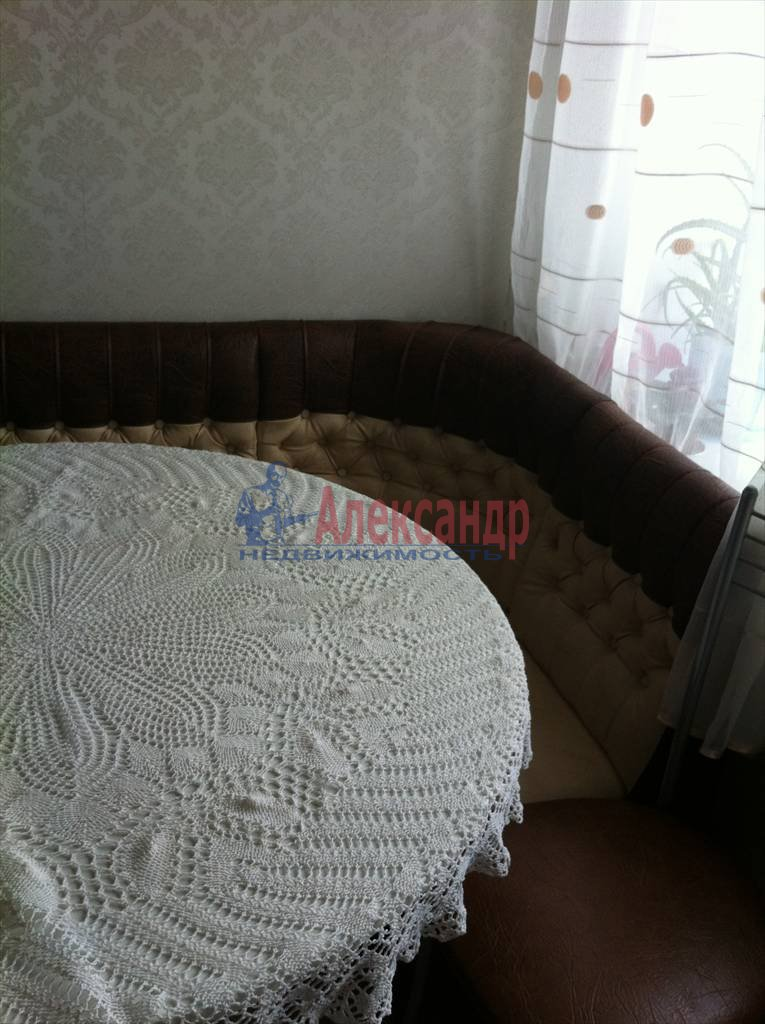 2-комнатная квартира (61м2) в аренду по адресу Луначарского пр., 112— фото 13 из 29