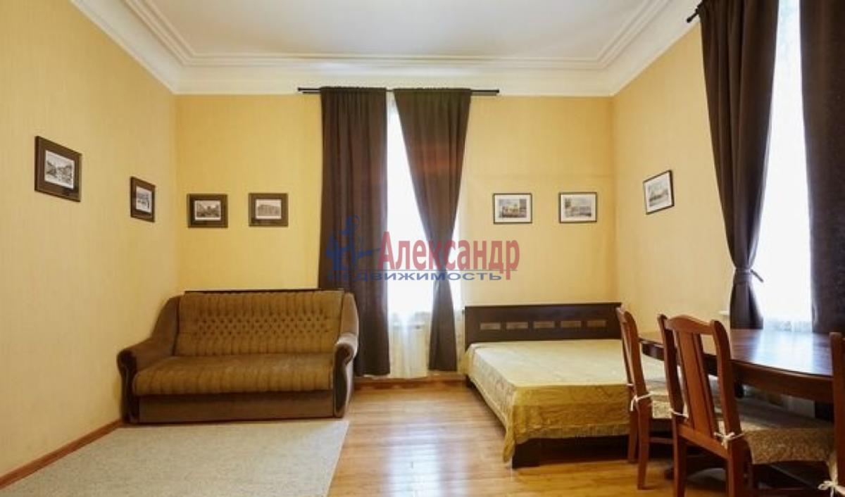 2-комнатная квартира (65м2) в аренду по адресу Канала Грибоедова наб., 2б— фото 7 из 9