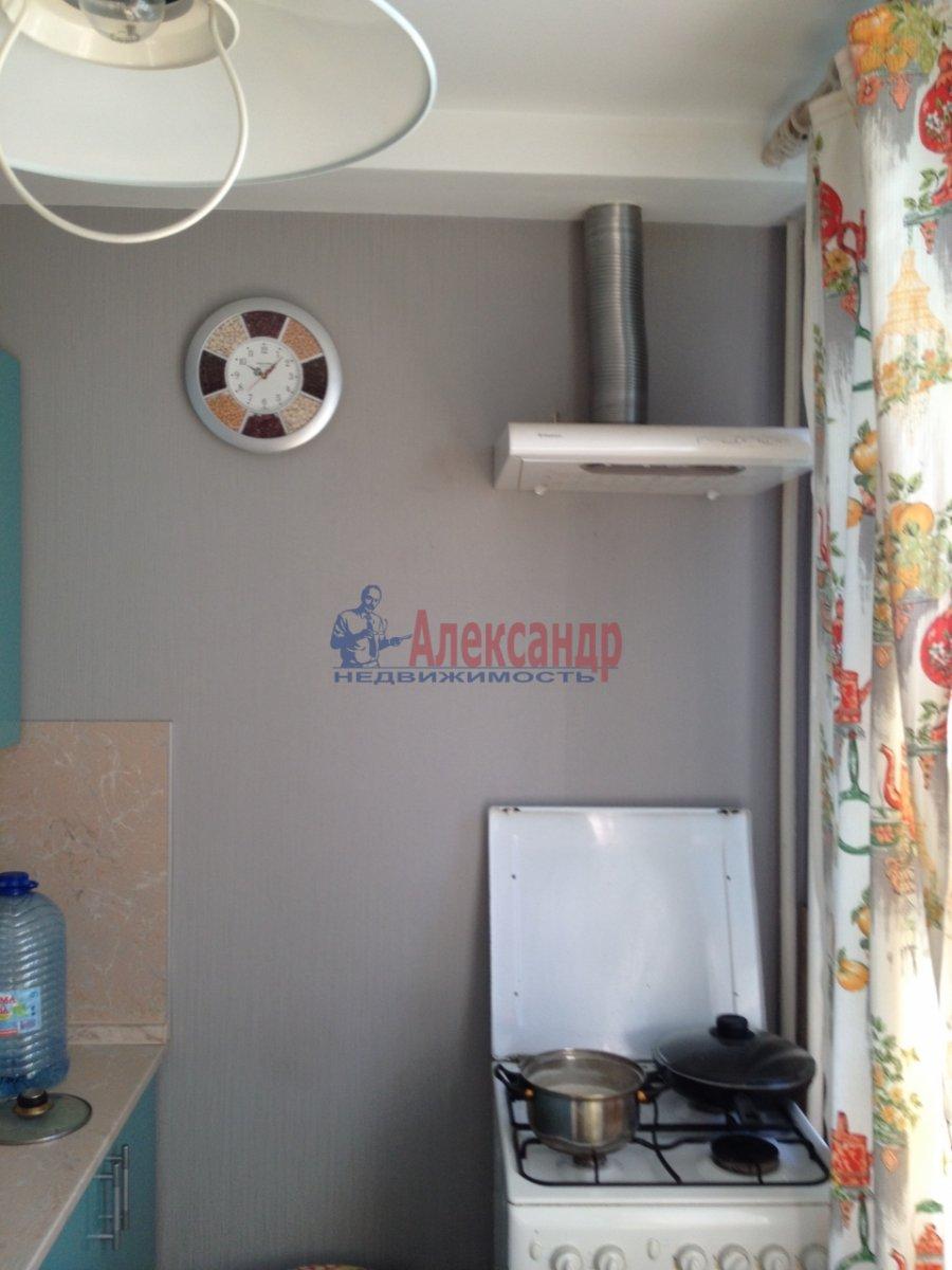 Комната в 2-комнатной квартире (49м2) в аренду по адресу Крыленко ул., 19— фото 7 из 9