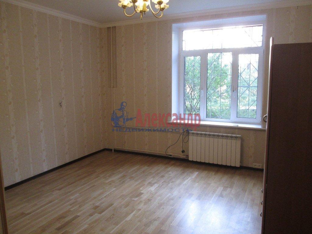2-комнатная квартира (55м2) в аренду по адресу Ленсовета ул., 20— фото 5 из 5
