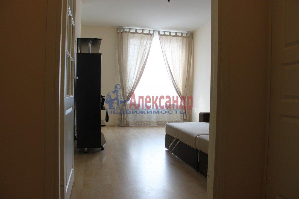 1-комнатная квартира (43м2) в аренду по адресу Композиторов ул., 12— фото 1 из 18