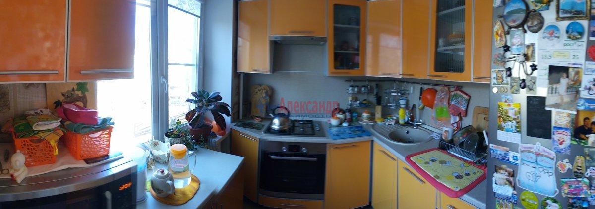 2-комнатная квартира (59м2) в аренду по адресу Заневский пр., 59— фото 1 из 4