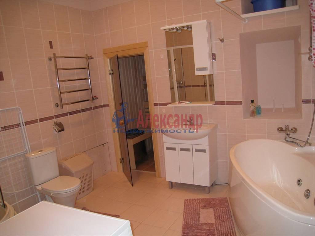 4-комнатная квартира (100м2) в аренду по адресу Кирочная ул., 32— фото 5 из 5